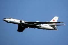 Стратегический бомбардировщик Ту-16 >>> Открыть в новом окне